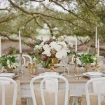 centros de mesa para bodas de oro al aire libre