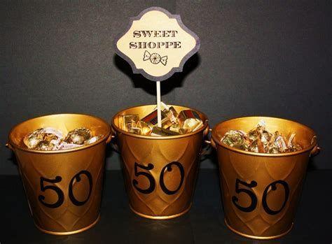 centros de mesa para bodas de oro faciles 2
