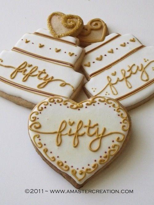 mesas de dulces para bodas de oro 3