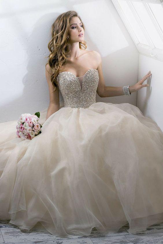 vestidos de novia ampones con pedreria (4)