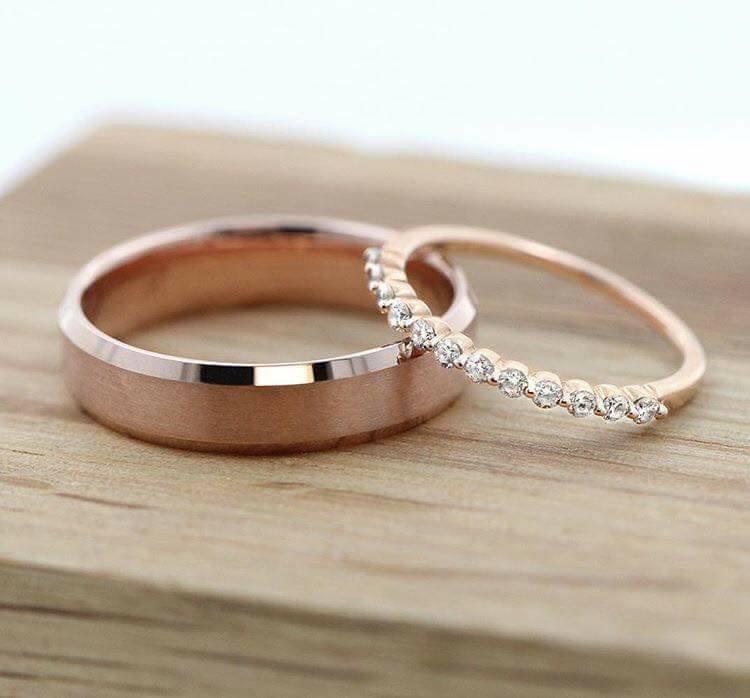 anillo rosa gold para novias
