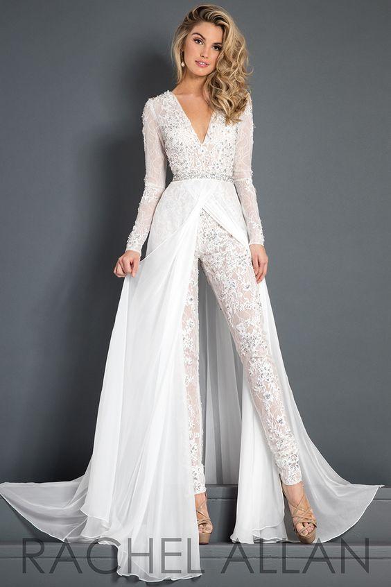 Traje de novia con pantalón de encaje