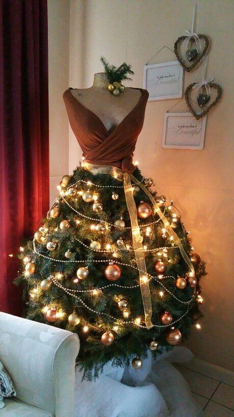 Новогодние украшения на платье своими руками