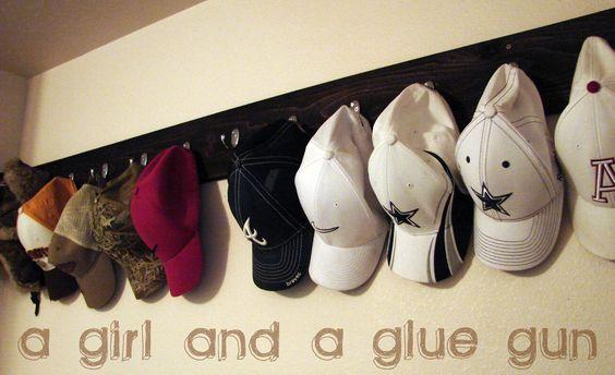 How to organize hats 17 how to organize for Diy door hat rack