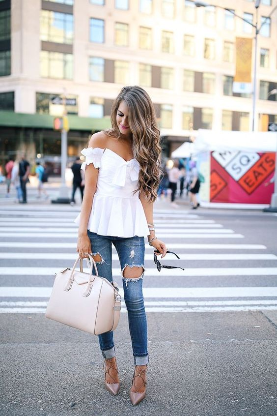 27 Flirty Outfits to Wear Jeans to Your Work