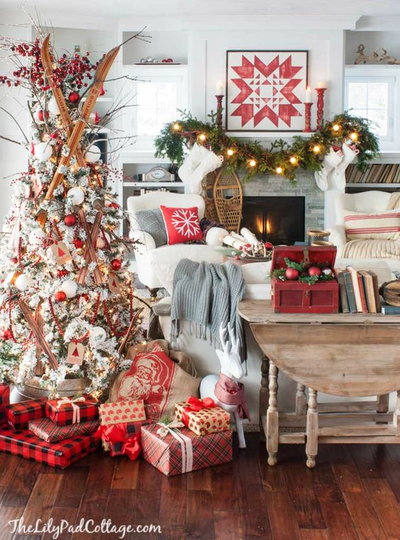 christmas decor trends 2017 2018 26 how to organize. Black Bedroom Furniture Sets. Home Design Ideas