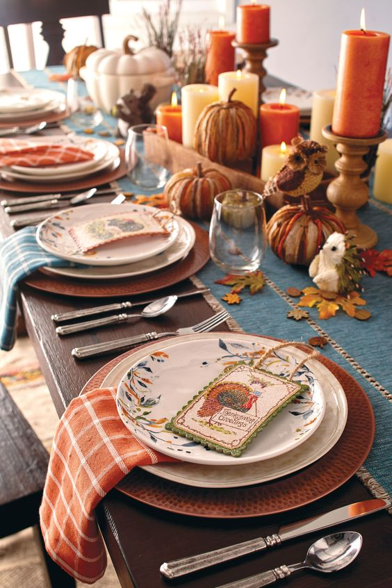 Thanksgiving table decorations archives how to organize How to set a thanksgiving dinner table
