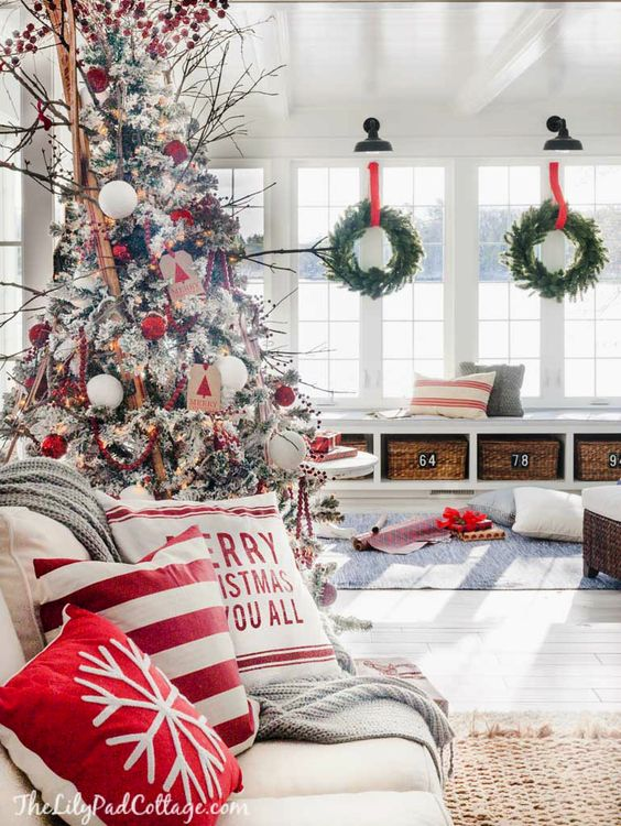 how to decorate the living room at christmas rh comoorganizarlacasa com how to decorate the living room for christmas how to decorate the living room on a budget