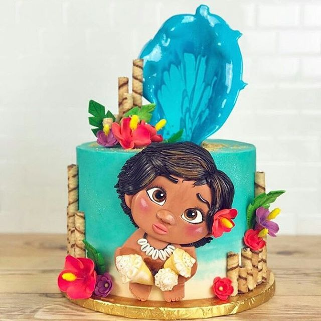 Moana cakes for children's parties