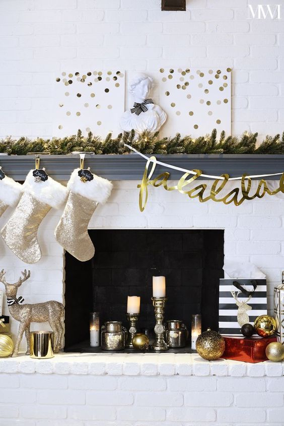 Modern Fireplace Christmas Decorations