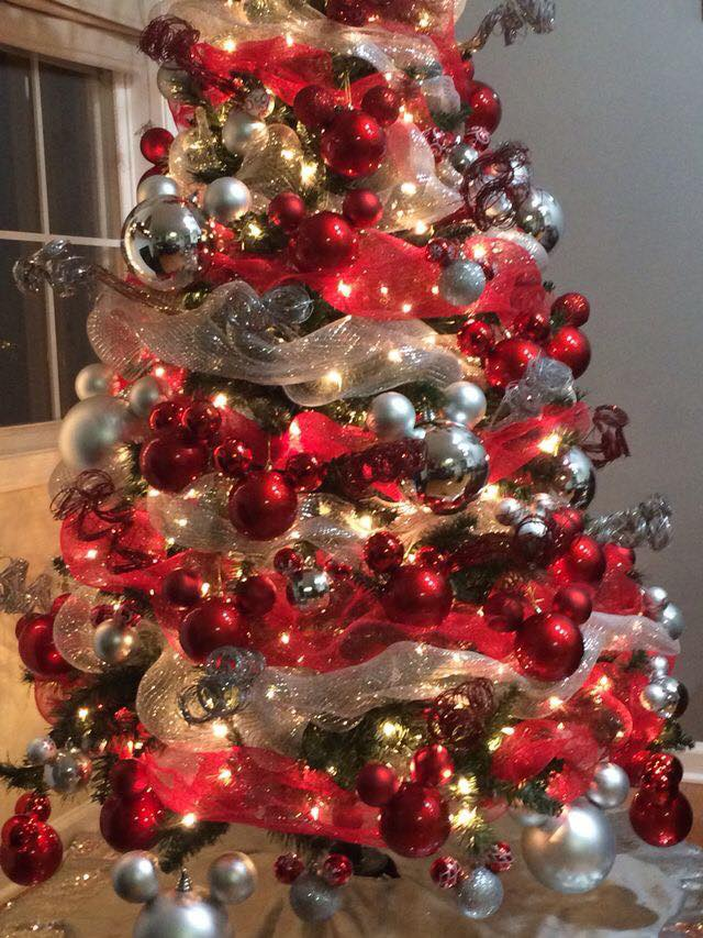 Mickey Mouse Christmas Tree Decorating Ideas.Decorating Ideas For Christmas With Mickey Mouse 30 How