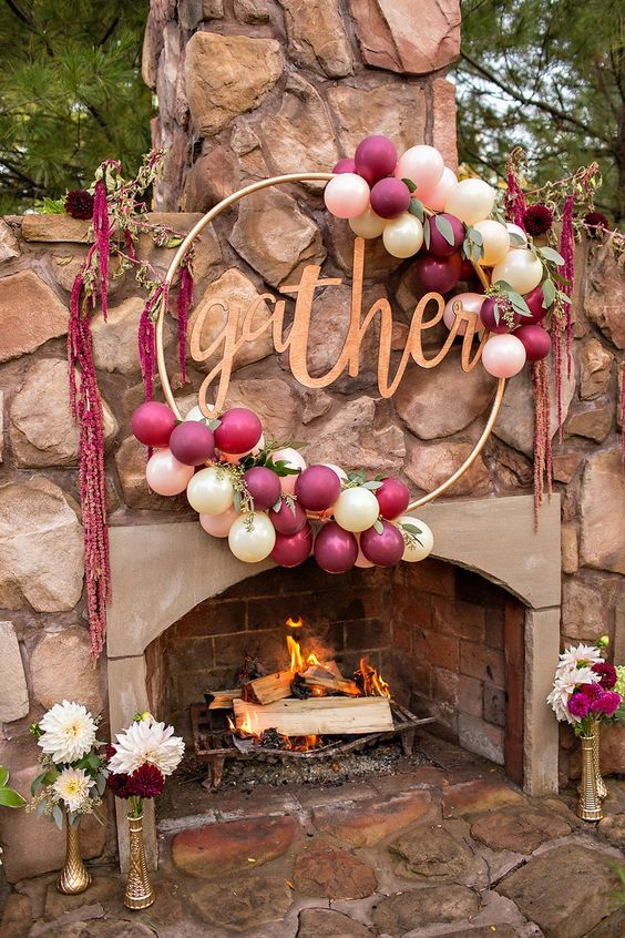 Ideas for decorating parties with hula hoops