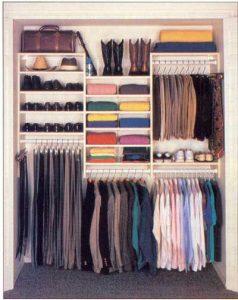 Como ordenar un closet pequeño de hombre