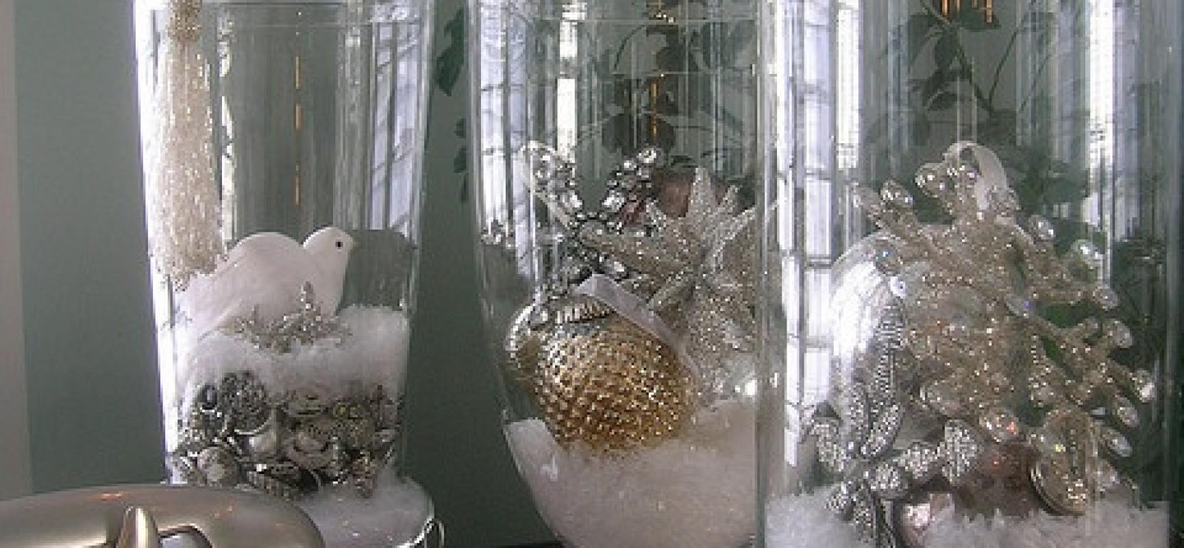 Decoracion para navidad en color beige y dorado curso de for Decoracion de adornos navidenos