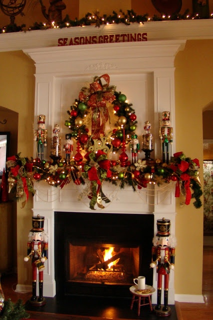 Ideas para decorar chimeneas en navidad for Ideas para decorar en navidad
