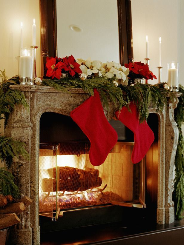 Ideas para decorar chimeneas en navidad for Chimeneas decoracion hogar