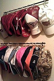 como organizar gorras deportivas