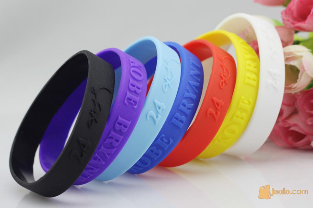 pulseras de cada color para recordar la tarea