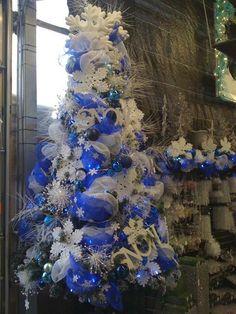 arboles de navidad 2018 decorados en azul