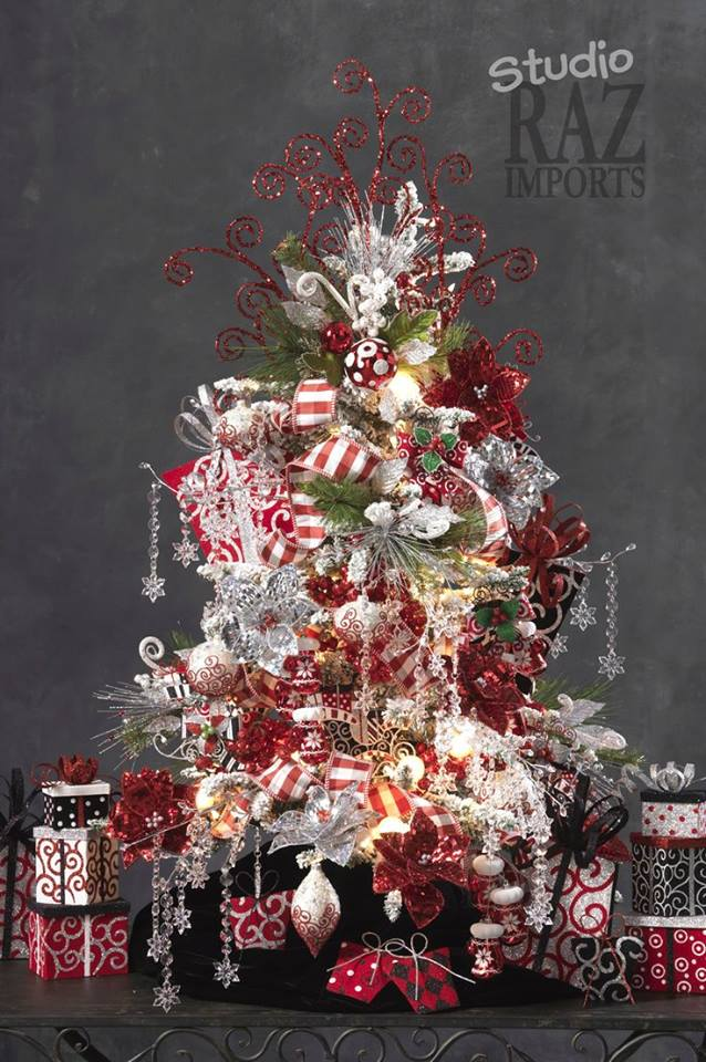 Pinos de navidad decoracion de interiores fachadas para for Decoracion de arboles de navidad 2016