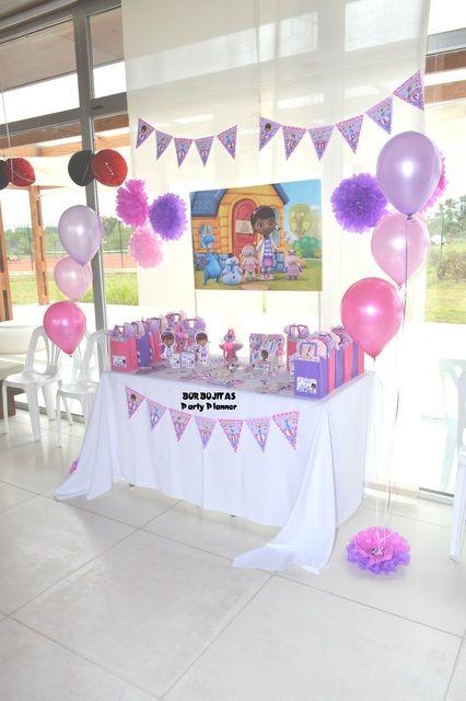 decoracion para una fiesta de doctora juguetes (1)