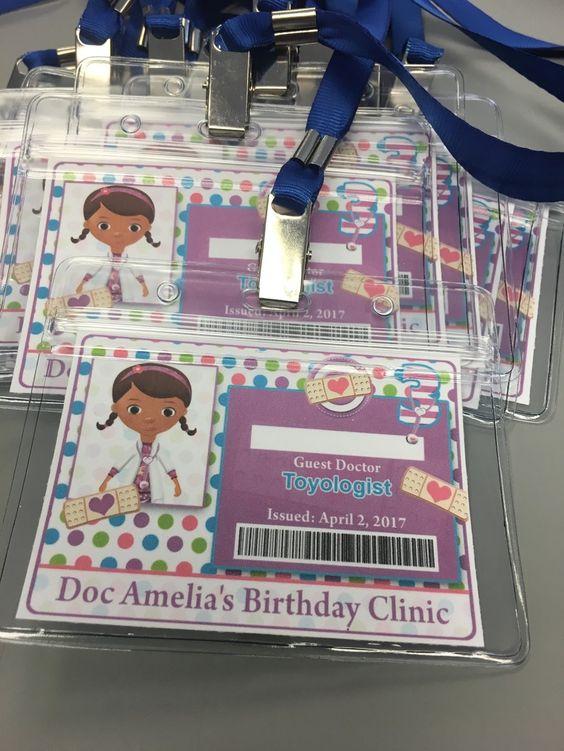 invitaciones para fiesta de doctora juguetes (1)