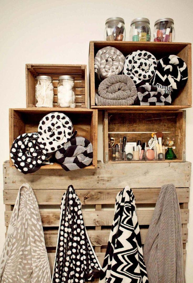 organizar-el-baño-con-cajas-de-madera