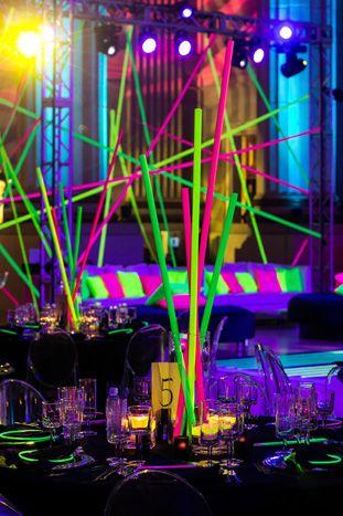 Centros de mesa neon (2)