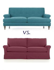 usar sofas con patas para ampliar espacios