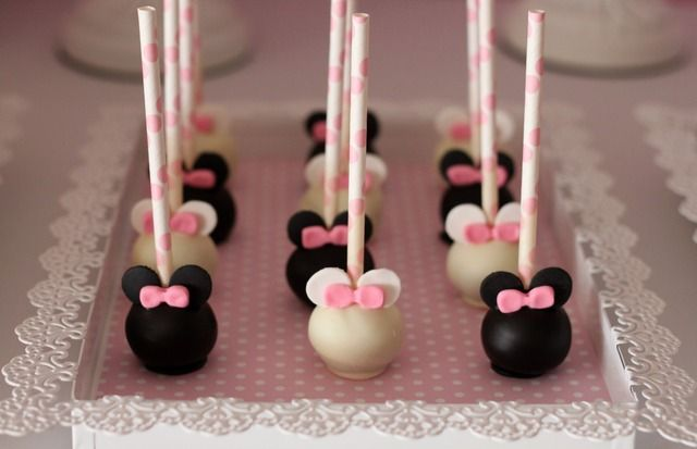 table de desserts anniversaire Minnie
