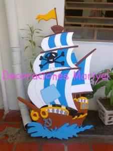Pi ata jake y los piratas de nunca jamas decoracion de for Decoracion barcos interiores