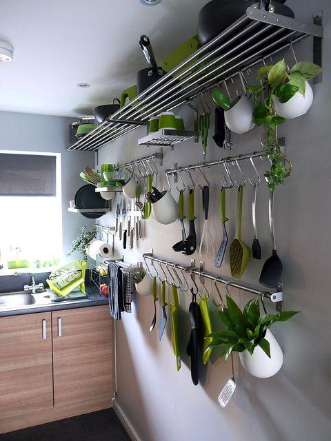 Como organizar cocinas repisas como organizar la casa for Ideas decorativas para cocinas pequenas