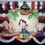 decoracion-de-pinata-jake-y-los-pirata-de-nunca-jamas