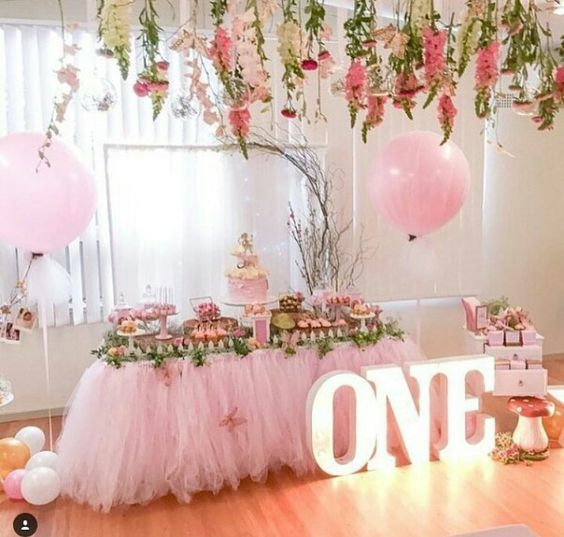 Decoracion para cumpleaños de niña de 1 año