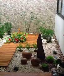 Ideas para jardines interiores decoracion de interiores - Ideas jardines para casas ...