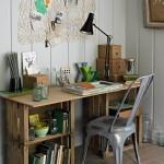 idea-para-decorar-estudio-con-escritorio-hecho-de-cajas-de-madera-rustica