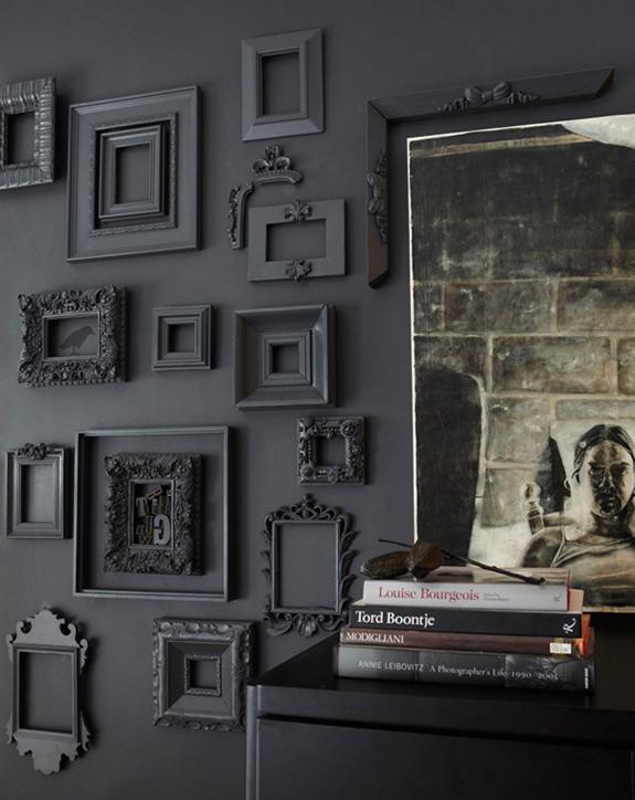 idea para decorar pared marcos vintage en color gris decoracion de interiores fachadas para. Black Bedroom Furniture Sets. Home Design Ideas