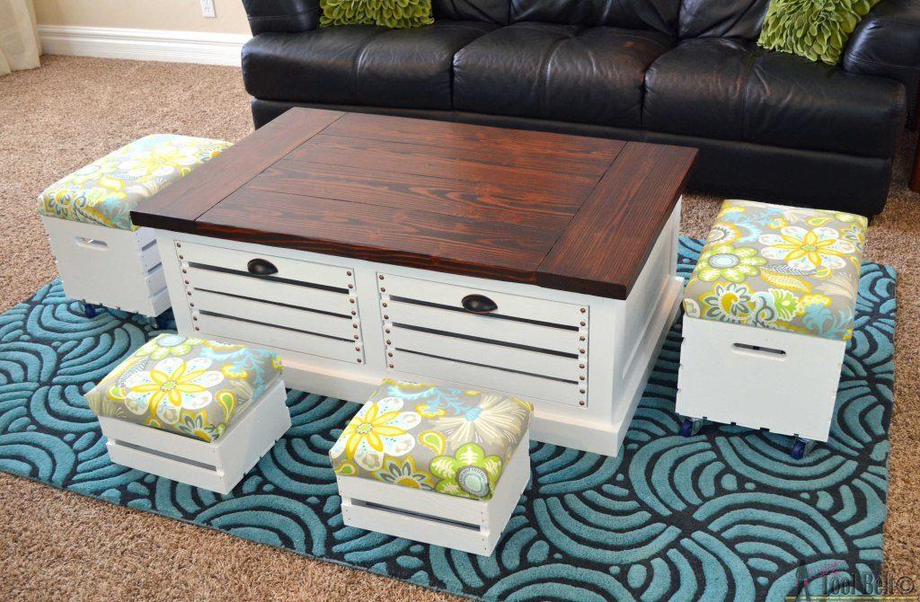 idea-para-decorar-sala-con-mesa-y-cojines-de-cajas-de-madera-rustica