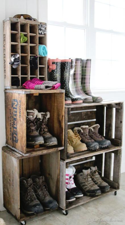idea-para-hacer-estantes-con-diferentes-cajas-de-madera-rustica