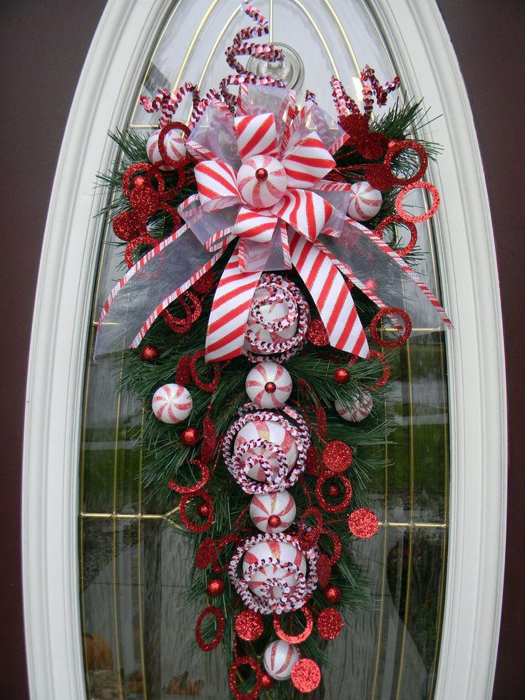 Ideas decorar puerta navidad diy 10 decoracion de for Ideas para adornar puertas en navidad