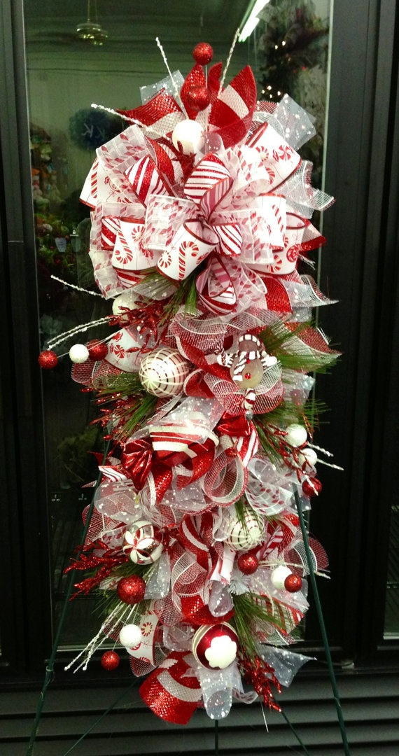 Ideas decorar puerta navidad diy 17 decoracion de - Adorno puerta navidad ...