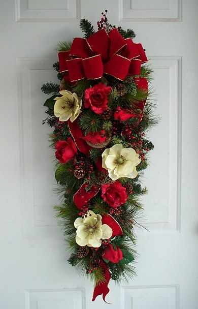 Ideas decorar puerta navidad diy 22 decoracion de - Adorno puerta navidad ...