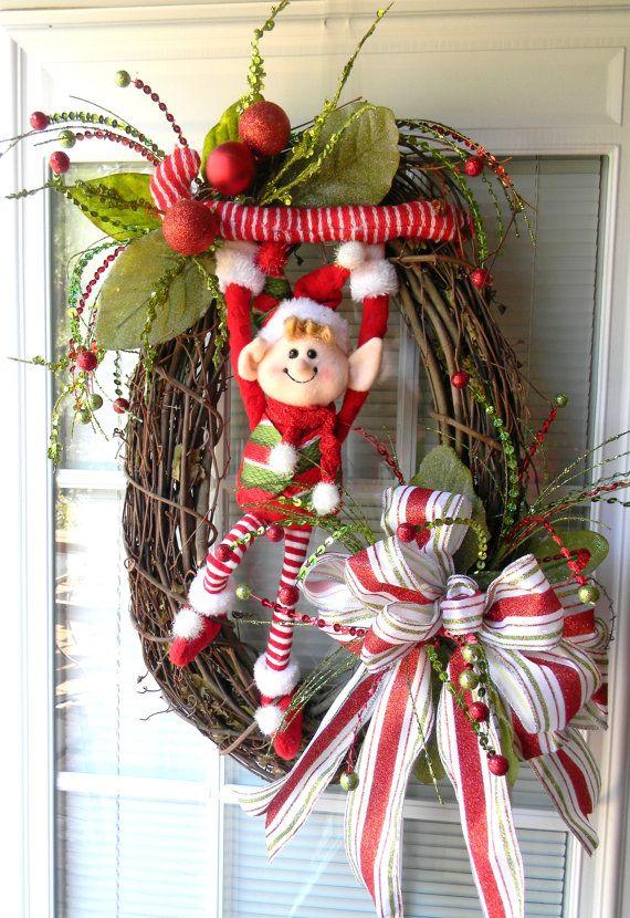 Ideas decorar puerta navidad diy 23 decoracion de for Arreglo para puertas de navidad