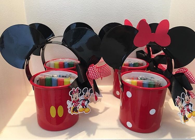 Tendencias de decoracion de fiesta de mickey mouse 2018 (6)