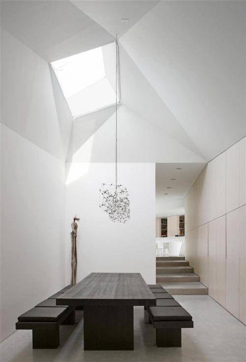 Comedores minimalistas 13 decoracion de interiores for Fachadas de comedores