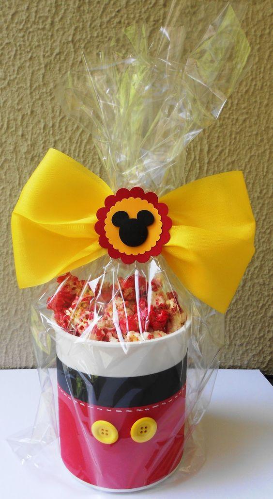 dulceros para cumpleanos con el tema de mickey mouse