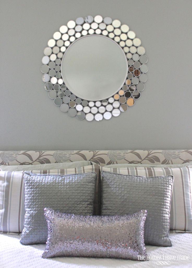 Idea de decoracion en recamara tonos grises y detalles - Decoracion en gris ...