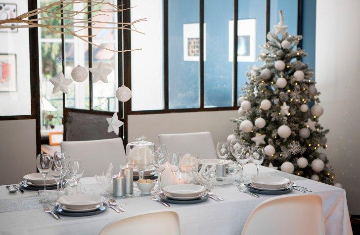 Ideas para decoracion de arbol de navidad 2015 for Ideas de adornos navidenos