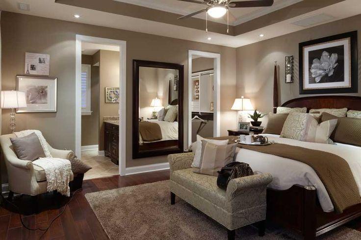 Tendencias en espejos decorativos decoracion de for Long master bedroom designs