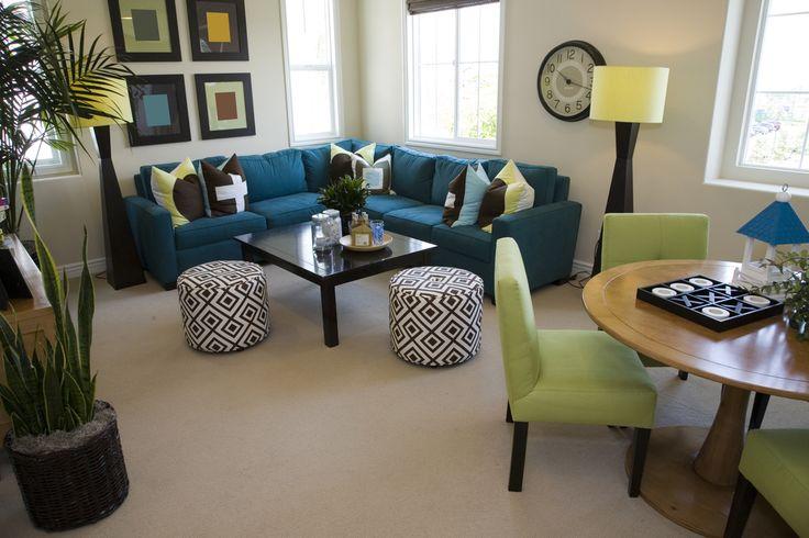 Decoracion de comedor y sala juntos en espacio pequeno